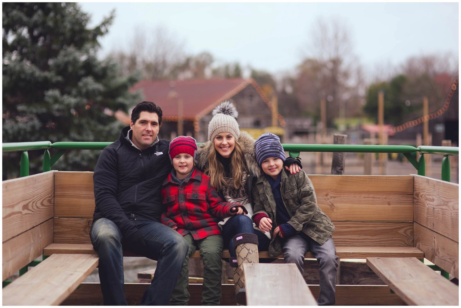 Christmas Tree Farm Photography.Philadelphia Christmas Tree Farm Photography Maxim Family