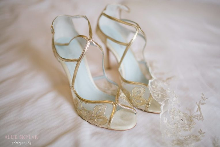 bridal-shoes-genetti-hotel